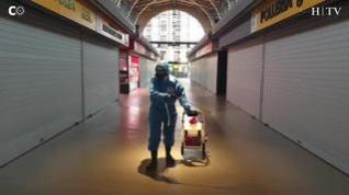 Así se cumplen las medidas de seguridad y desinfección en el Mercado Central de Zaragoza
