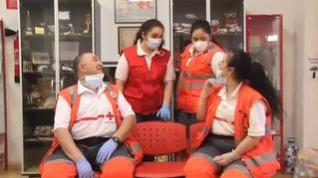 Una familia de voluntarios de Cruz Roja se contagia de COVID-19 realizando su labor