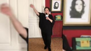 Corita Viamonte interpreta 'La pulga' desde su casa