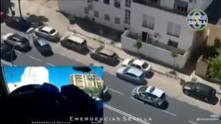Un hombre es detenido por la Policía Local de Sevilla tras saltarse un control