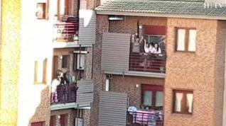 Último aplauso a los sanitarios en Zaragoza