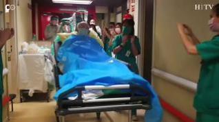 La uci del hospital Clínico, libre de pacientes covid tras pasar a planta el último enfermo