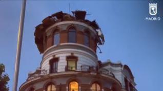 La caída de una cúpula de un edificio en el centro de Madrid provoca cuantiosos daños materiales