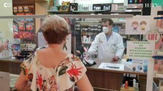 Las farmacias aragonesas reparten mascarillas gratuitas a los mayores de 65 años