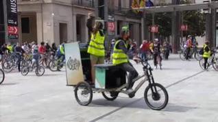 Zaragoza se sube a la bicicleta para exigir que se extienda su uso