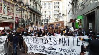 Miles de personas se manifiestan en Zaragoza contra el racismo