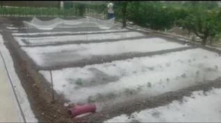 El granizo daña cultivos y cubre las calles de blando en Burbáguena y Bañón