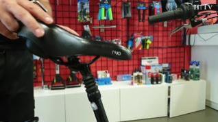 Un mal ajuste del sillín en la bicicleta puede ocasionar molestias