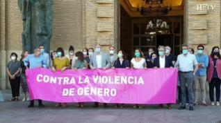 Minuto de silencio en Zaragoza en repulsa a la violación de una mujer en un parque de Delicias