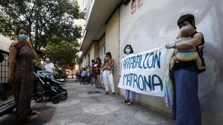 Protesta de las mujeres del Arrabal por la falta de matrona
