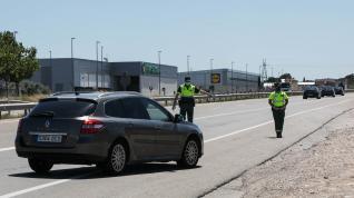 Puntos informativos de la Guardia Civil para recomendar que no se viaje si no es necesario.
