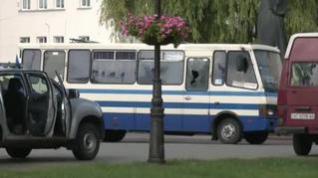 Final feliz en el secuestro a 13 personas dentro de un autobús con armas y explosivos en Ucrania