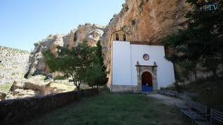 Jaraba: Aguas termales y santuario en la roca