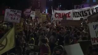 Miles de personas protestan en las calles de Israel contra el gobierno de Benjamin Netanyahu