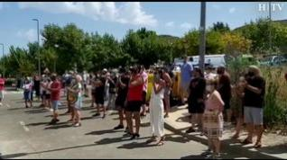 Los vecinos de Cadrete, en Zaragoza, protestan contra la ocupación ilegal