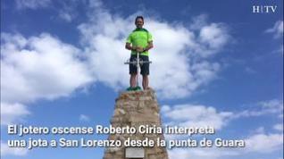 Jota a San Lorenzo desde la punta de Guara