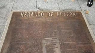 """Francisco Torres, fundidor: """"Dentro de medio millón de años seguirá la placa ante la puerta de HERALDO"""""""