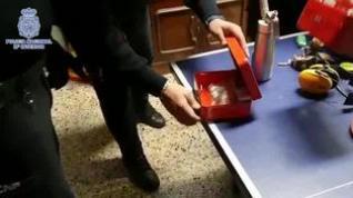 La Policía Nacional  establece un dispositivo de control en diferentes  locales de Zaragoza