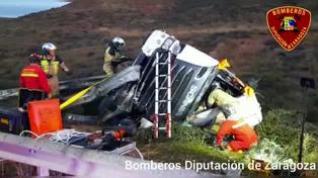 Un camionero de 30 años muere al salirse de la N-122 y volcar cerca de Tarazona