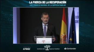 """Felipe VI pide """"no caer en el pesimismo"""""""