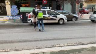 Detienen a dos personas en Zaragoza por estafar a una mujer octogenaria