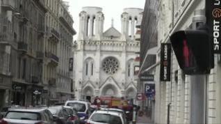 Al menos tres muertos y varios heridos por un ataque con cuchillo junto a una iglesia en Niza