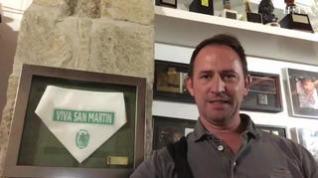 Roberto Ciria canta al barrio de San Martín de Huesca