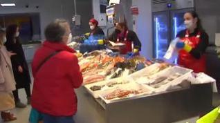 Se animan las ventas de marisco pese al cierre de la hostelería