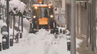 Cortes de luz y calles colapsas por la nieve: El temporal tampoco da tregua en Alcañiz