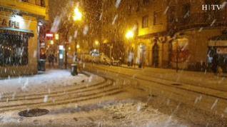 Zaragoza se prepara para otra noche bajo la nieve