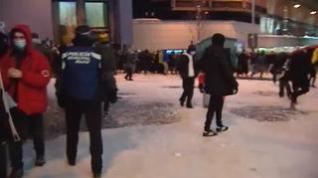 La batalla de bolas de nieve de Madrid terminó desalojada por la Policía