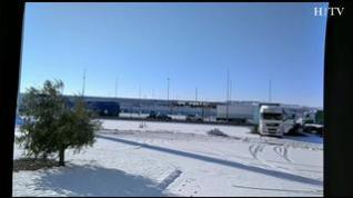Atasco en Plaza por la acumulación de nieve