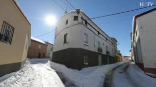 Así viven en la localidad turolense de Bello, uno de los pueblos más gélidos de España