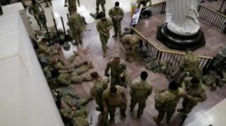 La Guardia Nacional acampa en el Capitolio a seis días de la toma de posesión de Biden