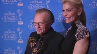 Muere por coronavirus el legendario presentador estadounidense Larry King