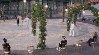 Chanel deslumbra en la Semana de la Alta Costura de París
