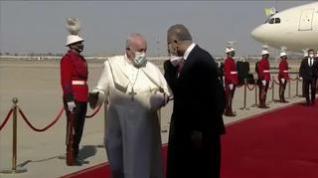 El Papa Francisco llega a Iraq en un viaje de cuatro días muy arriesgado