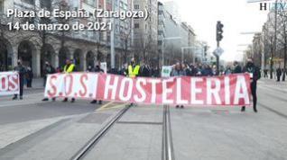 """La hostelería sale a la calle en Zaragoza para """"poder trabajar"""""""