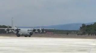 El primer Hércules aterriza en el Aeorparque Tecnológico Industrial de Soria