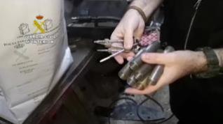 La Guardia Civil desarticula en Huesca dos talleres ilegales de armas