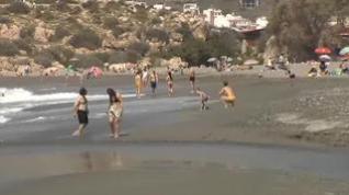 Entra en vigor la ley que obliga al uso de mascarilla en lugares públicos, incluidas las playas