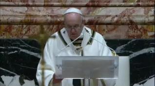 El Papa celebra la Vigilia Pascual con restricciones debido a la pandemia