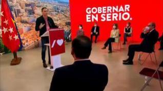 """Sánchez dice que Madrid ha sufrido con Ayuso """"un gobierno fallido"""" durante dos años"""
