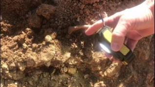 Descubren restos de una necrópolis medieval en las obras de la carretera de Espés, en La Ribagorza