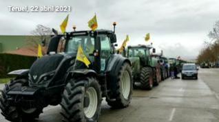 """Tractores en Teruel por una PAC """"justa y profesional"""""""