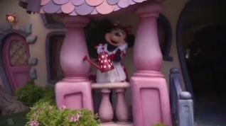 Disneyland California celebra su reapertura tras más de un año de cierre