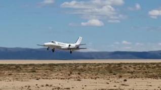Despegue del primer avión de pasajeros del aeropuerto de Teruel