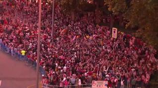 El triunfo liguero desata la euforia Atlética por las calles de Madrid