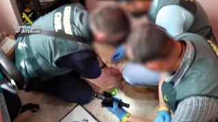 La Guardia Civil interviene en Teruel un depósito de armas y municiones y detiene a una persona