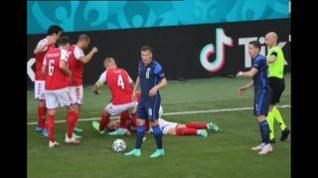 Christian Eriksen sufre un serio desvanecimiento en el campo que obliga a suspender el Dinamarca-Finlandia
